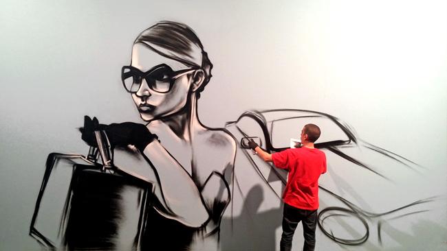 foto_graffiti_luar_tvg_vella_escola