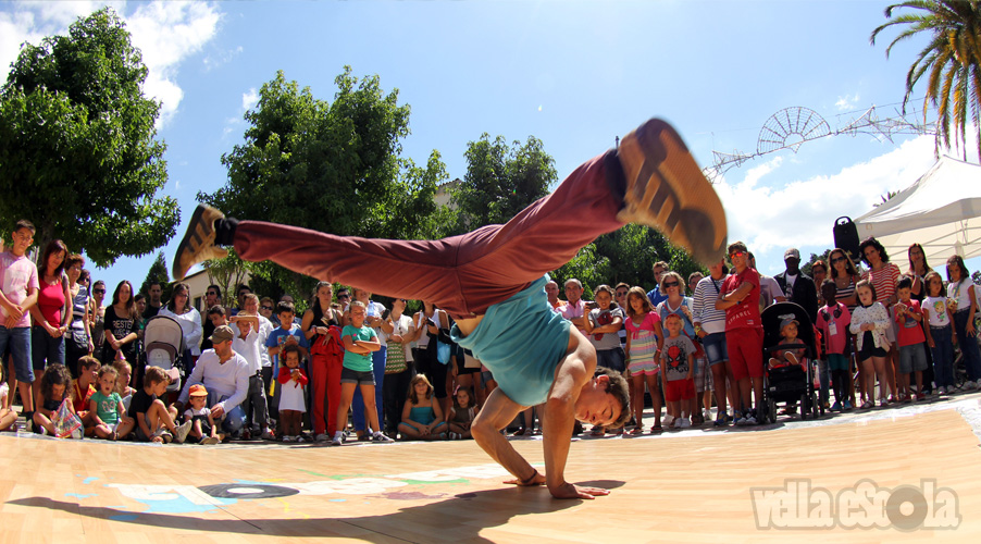 exhibicion-breakdance-vella-escola-cultura-urbana-galicia